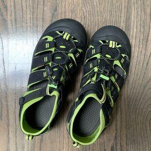 Kids Keen Newport H2 sandals size 6